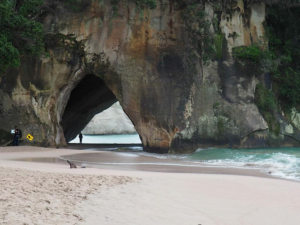 Cathedral Cove dans la péninsule de Coromandel Nouvelle-Zélande