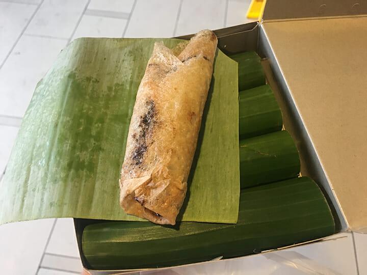Dessert sucré en Asie pancake au lait de coco